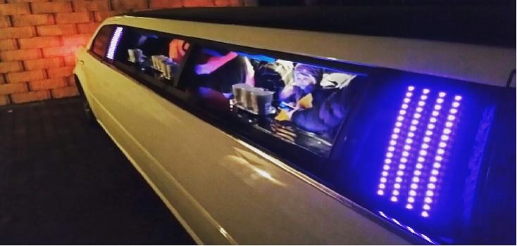 Limousine mieten Chrysler 300C in weiß