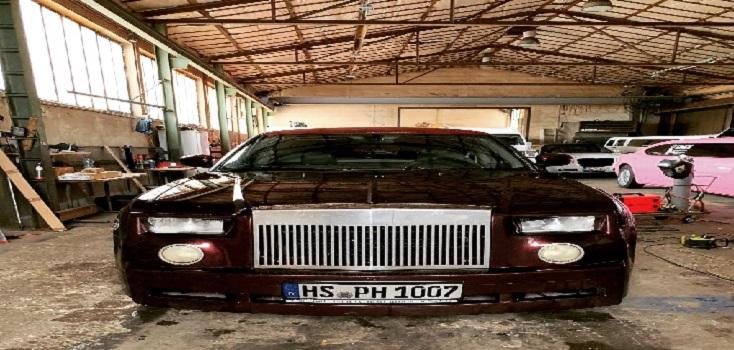 Limousine mieten Chrysler 300C in Bordeaux Rot